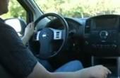 باحثون يطورون مقودًا للسيارة يرصد مشاعر السائق